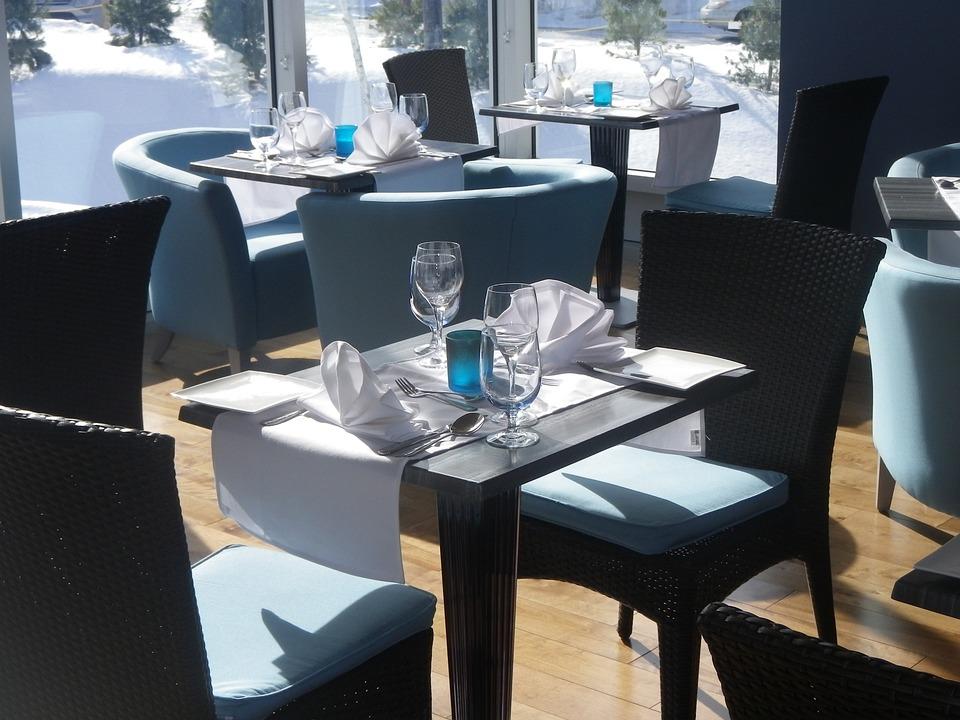 photo gratuite: table, restaurant, chaises, café - image gratuite ... - Chaise Et Table De Restaurant