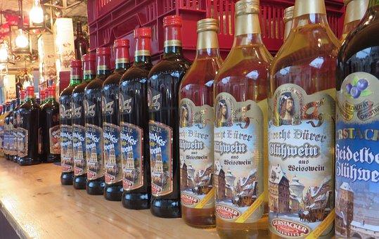 Mulled Wine, Bottles, Christmas Market