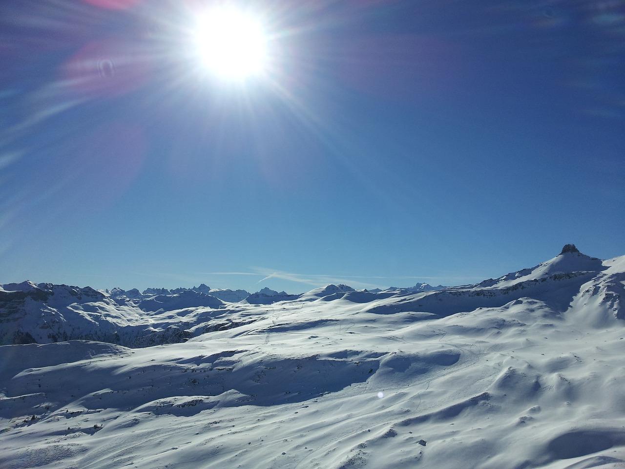 соглашаюсь фото солнце в снежных горах отличает