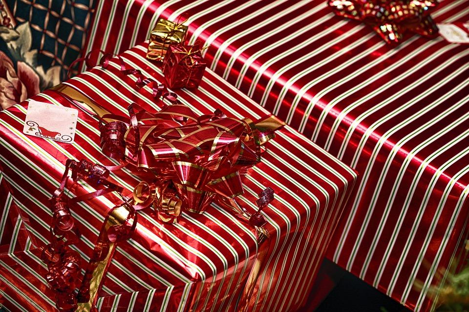 Geschenke Geburtstag Weihnachten Kostenloses Foto Auf Pixabay