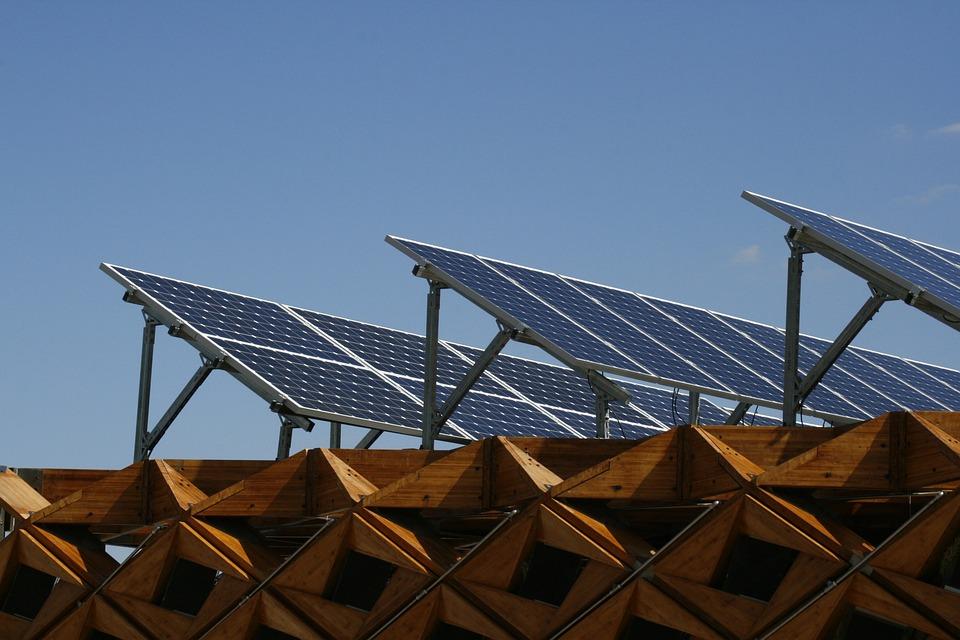 Photo gratuite panneau solaire nergie maison image gratuite sur pixaba - Panneau solaire maison ...