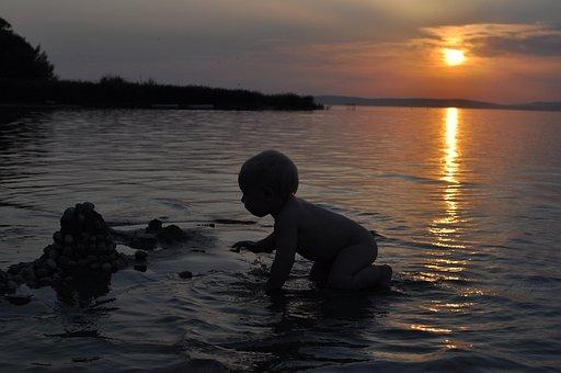 Niño, Salpicón, Lago Balaton, Playa