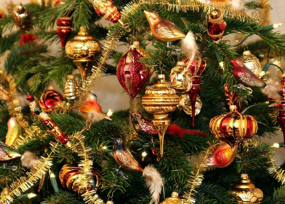Christmas Tree Jewellery · Free photo on Pixabay