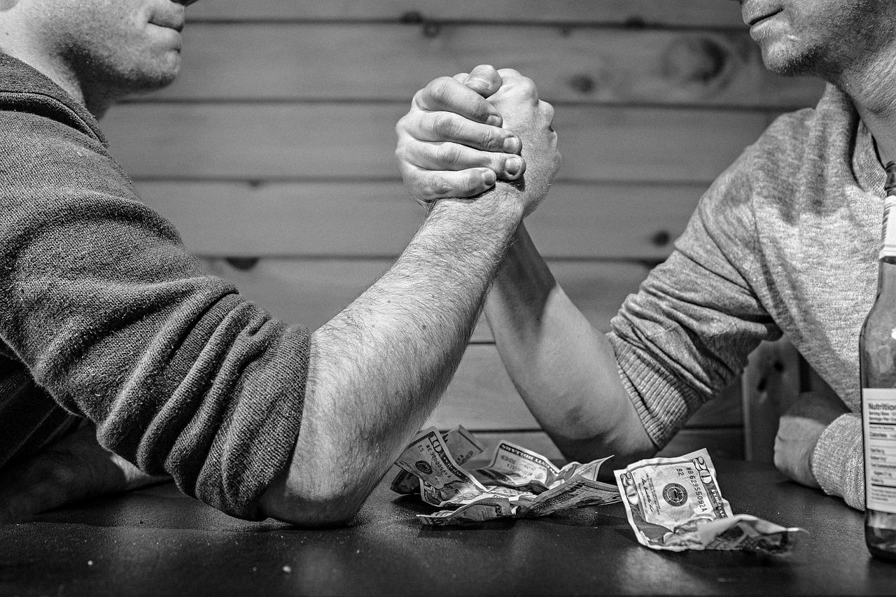 arm-wrestling-567950_1280.jpg
