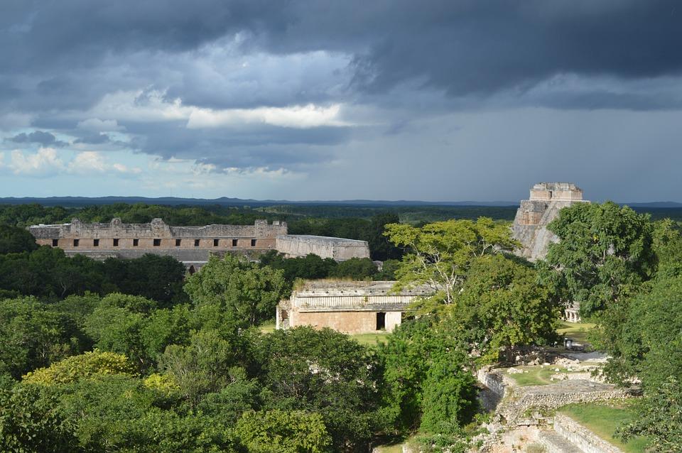 Free photo pyramid mexico maya architecture free for Architecture du paysage