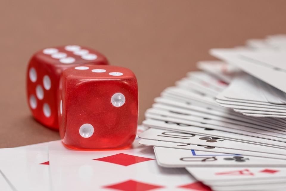 Card game gambling epiphone cherry casino