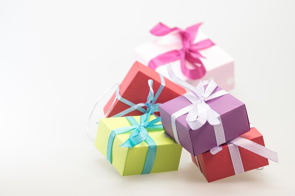 Gifts Free 76
