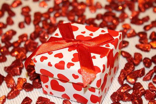 How to Recruit Affiliates to Promote Your Gifts and Flowers Business