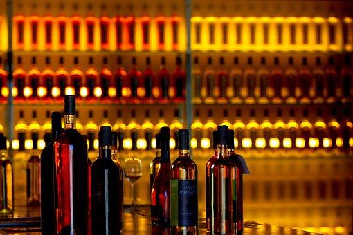 70 Free Wine Shop Wine Images Pixabay