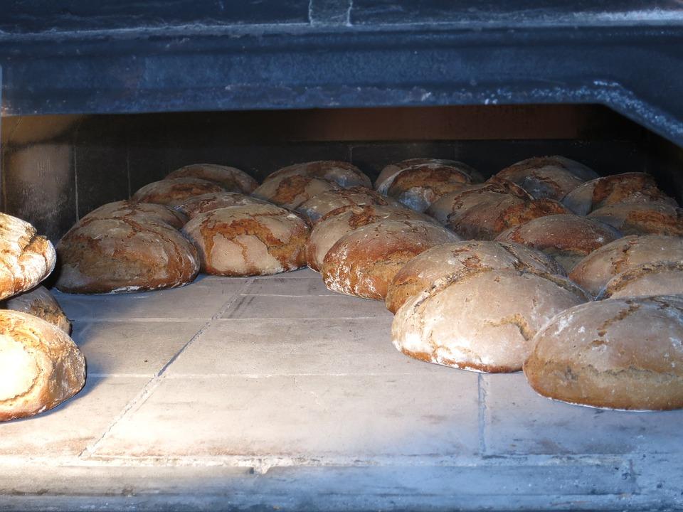 Resultado de imagen para hornear pan
