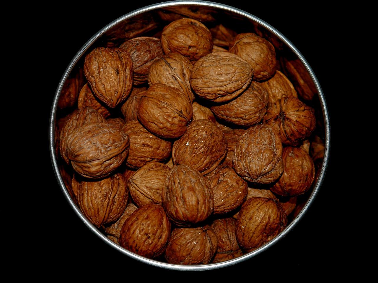 Черный грецкий орех картинки