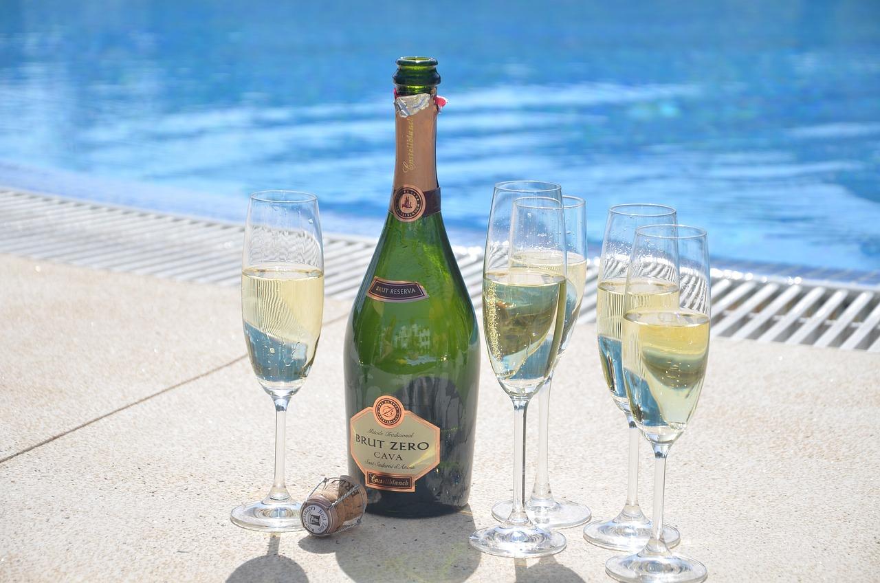 поздравление море шампанского брендом выпускается ассортимент