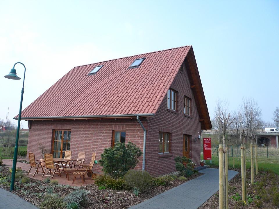 Haus Rot Dachziegel Architektur Himmel Rotes Dach