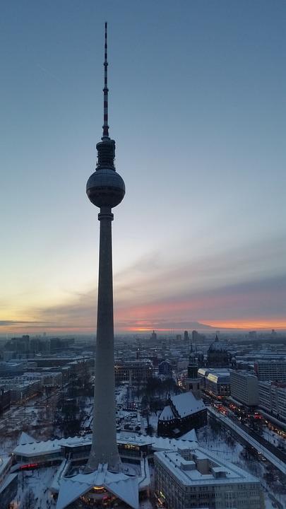 Gemutlich Kaffee Trinken In Berlin : Kostenloses Foto Berlin, Alexanderplatz, Fernsehturm  Kostenloses