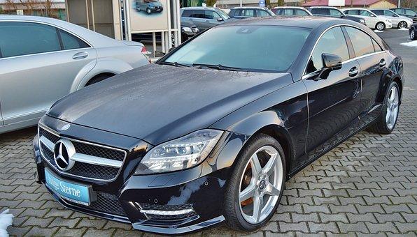 Mercedes, Daimler, Noble