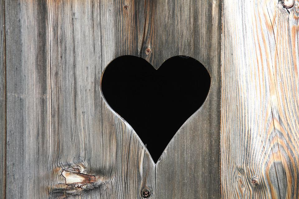 heart outhouse toilet door wooden door love & Heart Outhouse Toilet Door Wooden · Free photo on Pixabay