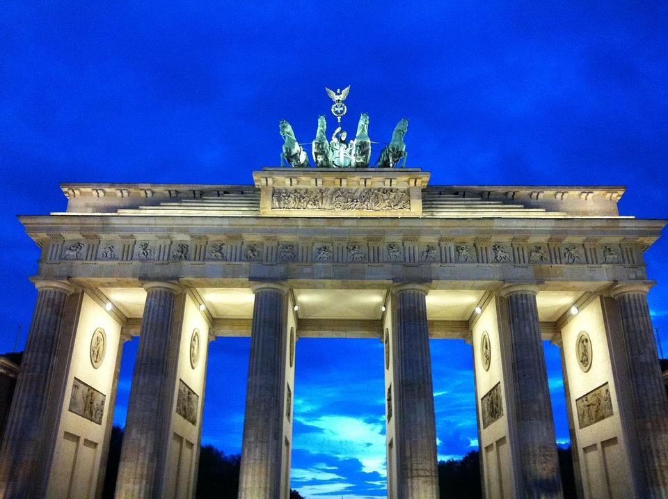 free photo berlin brandenburg gate dusk free image on. Black Bedroom Furniture Sets. Home Design Ideas