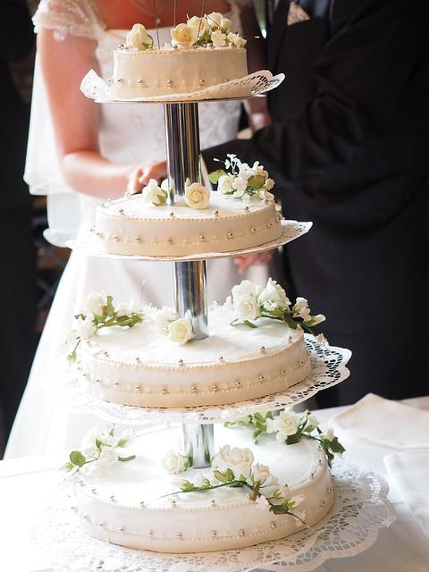 Free Photo Cake Wedding Cake Gate Tapping Free Image