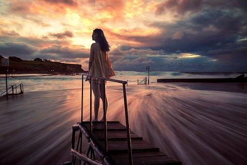 女の子, ビーチ, サンセット, 美しい, 橋, スカイ, クラウド
