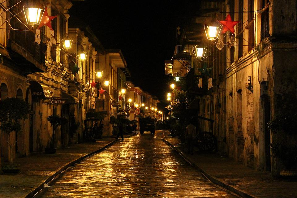 the beauty of calle crisologo