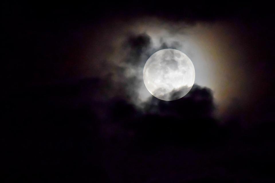 Bulan Purnama, Bulan, Sinar Bulan, Langit, Awan, Malam