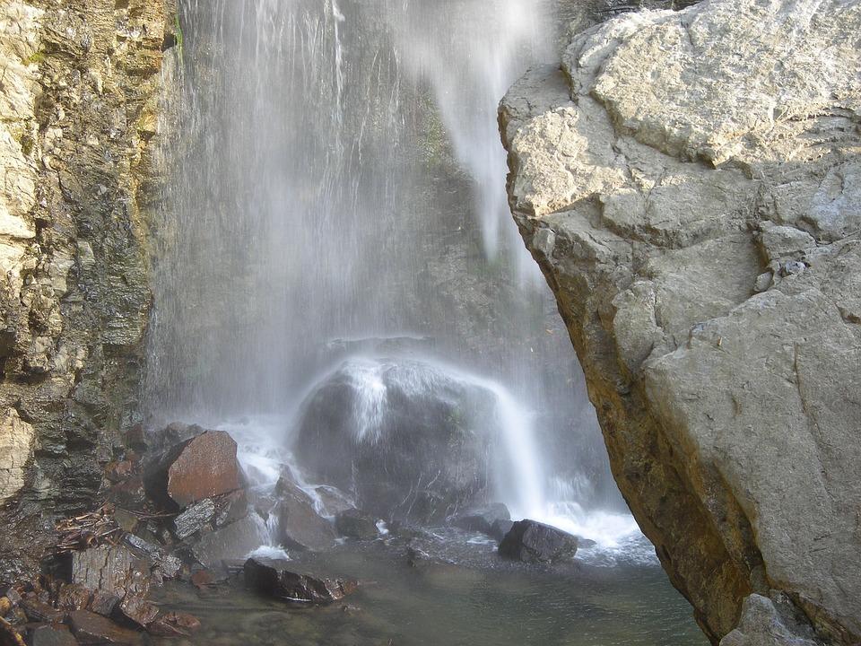 101 Gambar Air Terjun Bebatuan Terlihat Keren