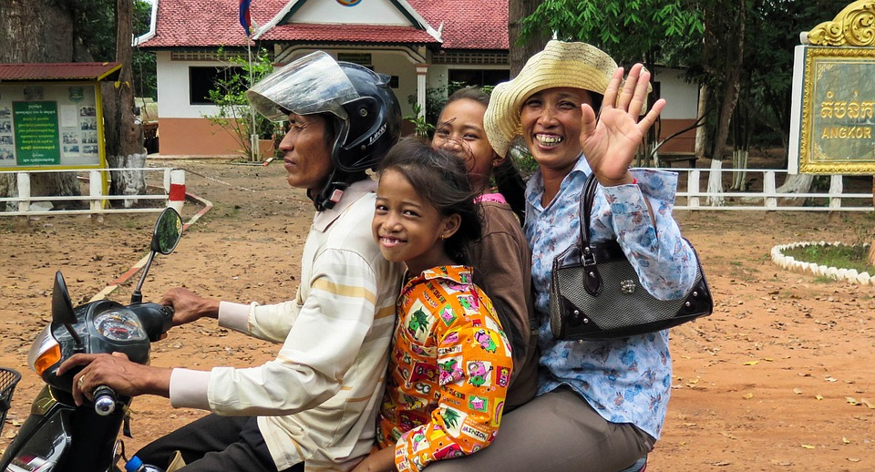 How to Say Hello in Khmer