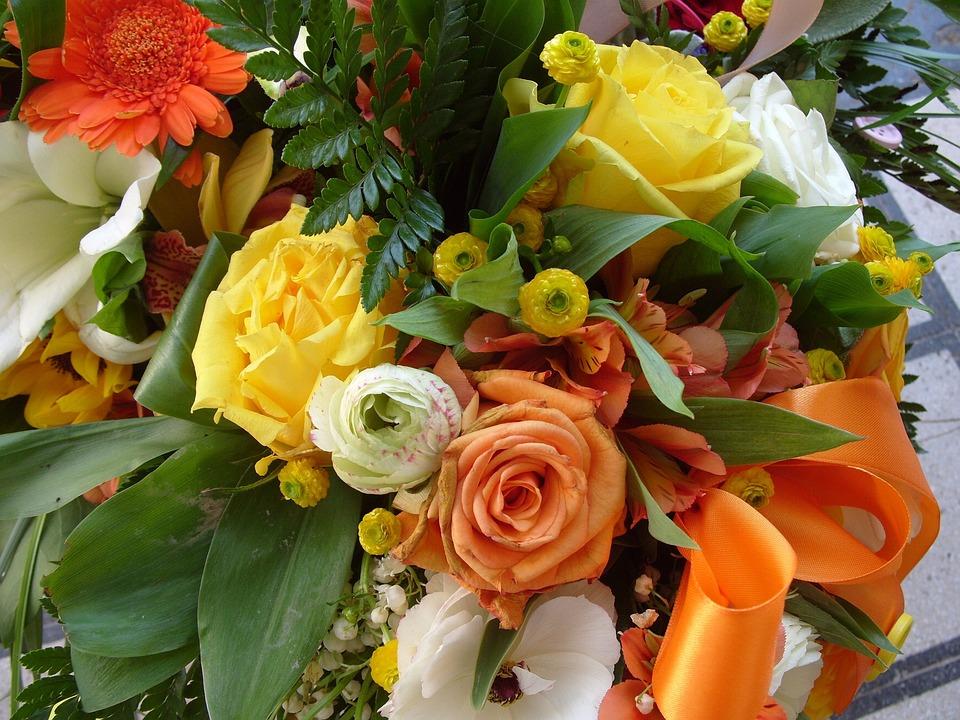 Mazzo Di Fiori Di Primavera.Flower Bunch Of Flowers Spring Free Photo On Pixabay