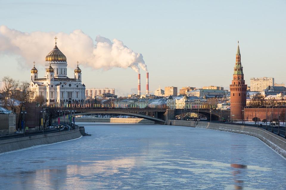 The Kremlin, Winter, Moscow, Kremlevskaya Embankment