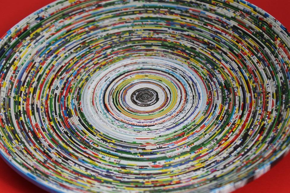 corbeille en papier recyclé