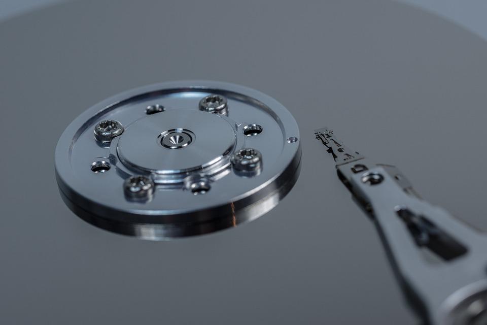 hard-drive-611490_960_720.jpg