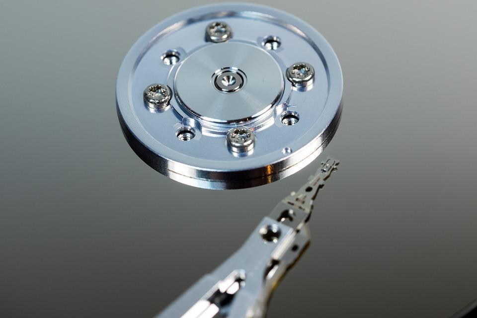hard-drive-611497_960_720.jpg
