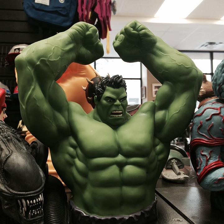 Incredibile hulk supereroe foto gratis su pixabay