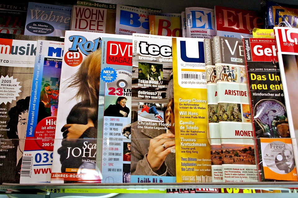 Magazines, Magazine, Journalism, Press, Newspaper, CaptainFI, FI