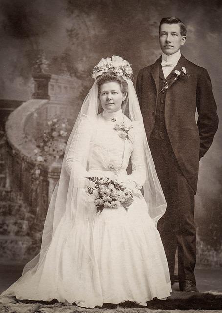 Classic Wedding Gifts Groom Bride : Free photo: Bride, Groom, Wedding, Vintage - Free Image on Pixabay ...