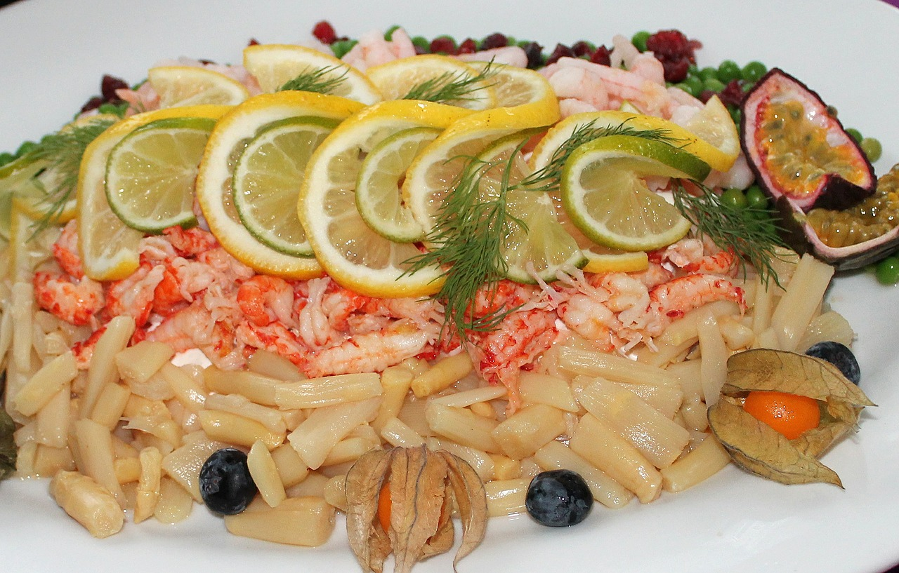 Салаты из морепродуктов картинки