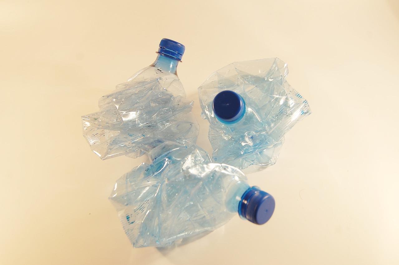 Как сделать пластиковую плитку из бутылок