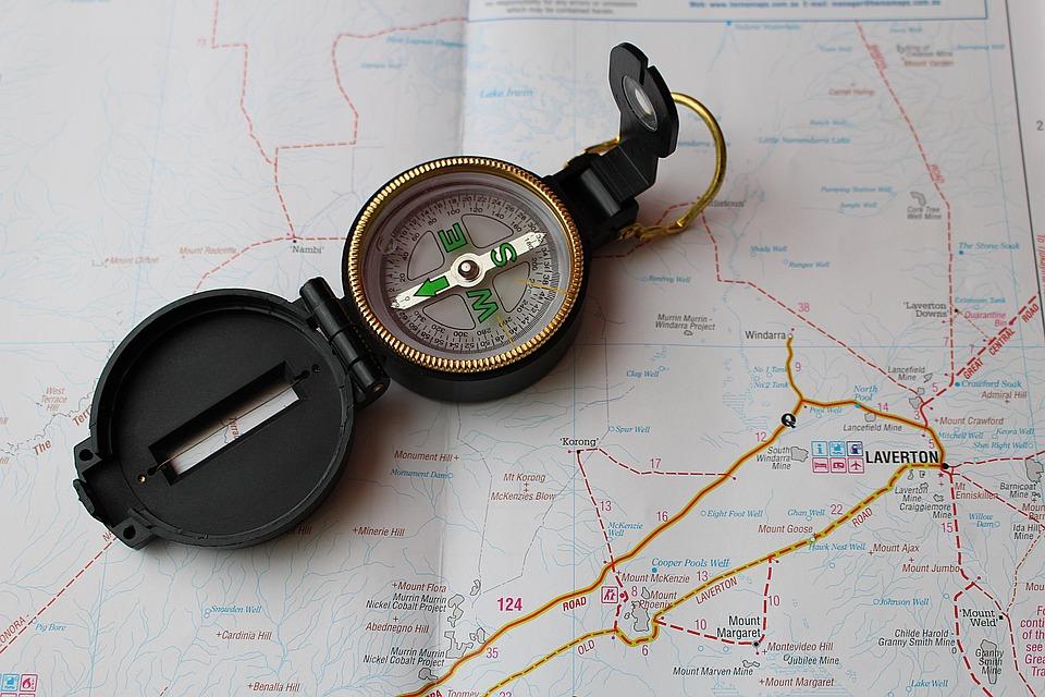 kompass landkarte navigation kostenloses foto auf pixabay. Black Bedroom Furniture Sets. Home Design Ideas