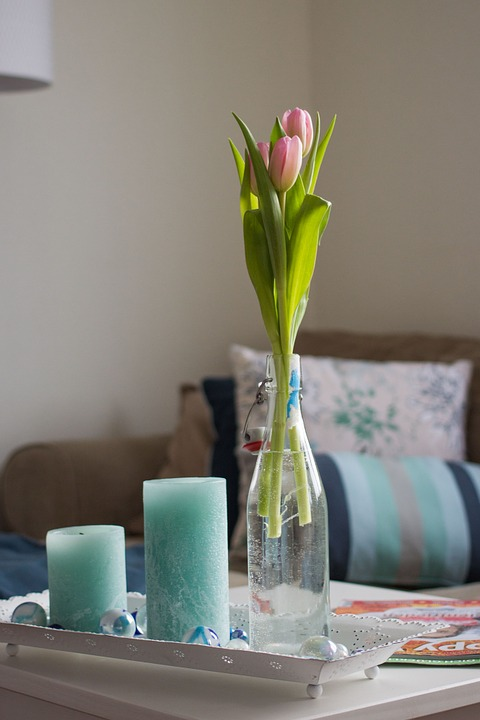 Gratis foto: Woonkamer, Decoratie, Tulpen - Gratis afbeelding op ...