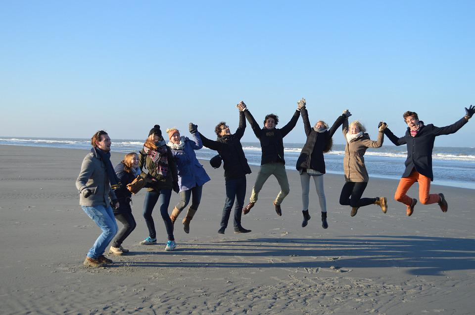 Jump group beach free photo on pixabay for Best vacations to take in february