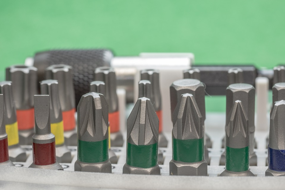 中信证券:特斯拉上海工厂投产在即产业链迎催化剂