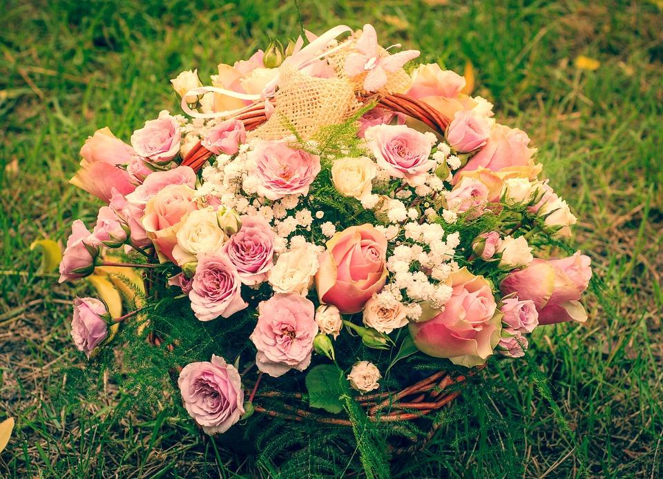 Flores De Aniversario: Rosas Flores Buquê · Foto Gratuita No Pixabay