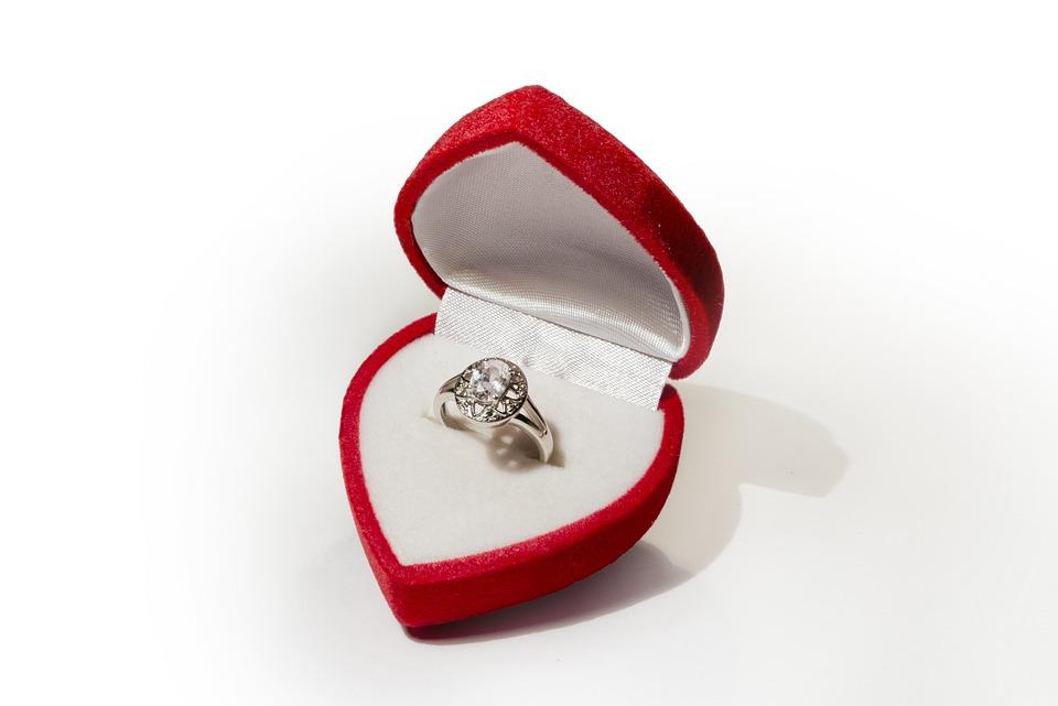 Yüzük, Nişan, Aşk, Takı, Kutu, Sevgililer Günü