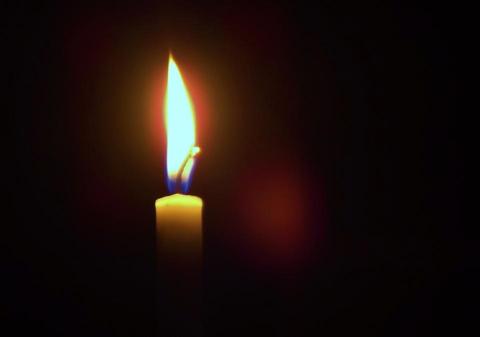 Candle Light Dark Golden Night Bright Decoration