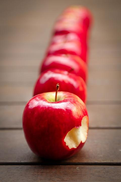 Jabłka, Owoców, Czerwony, Soczysta, Dojrzałe, Witaminy