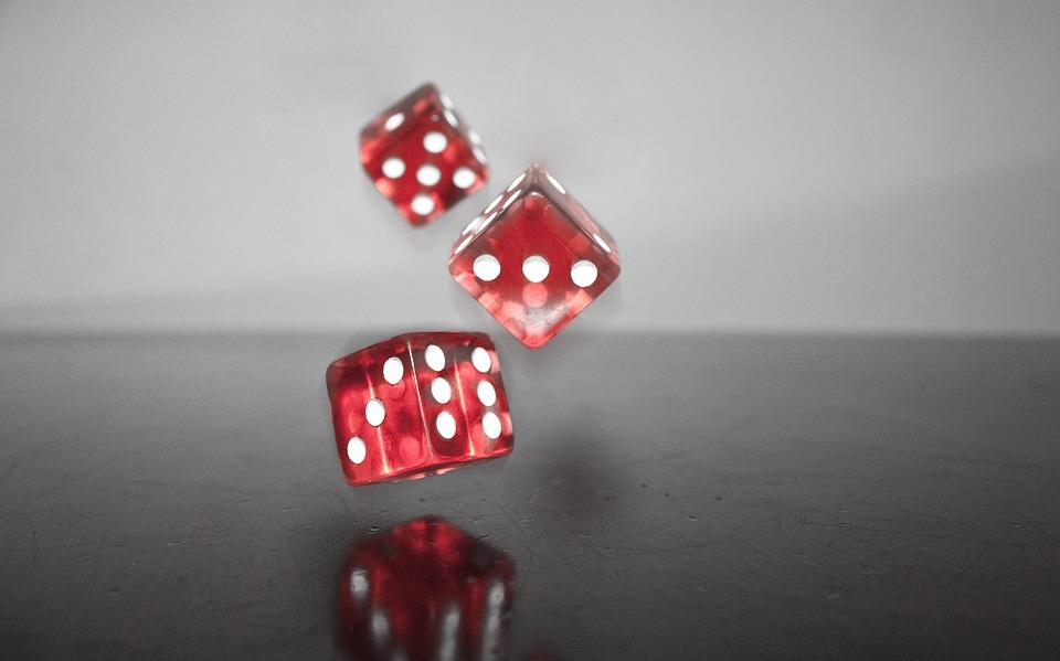 Куб, Червено, Падне, Злополука, Щастливо Число, Игра