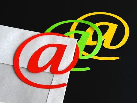 qq邮箱怎么群发文件