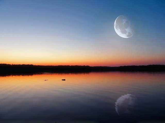 Evening Lake Glow Big Moon · Free photo on Pixabay