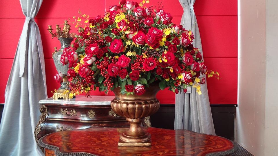 Arreglo Floral Rosas Rojas Jarrón Foto Gratis En Pixabay
