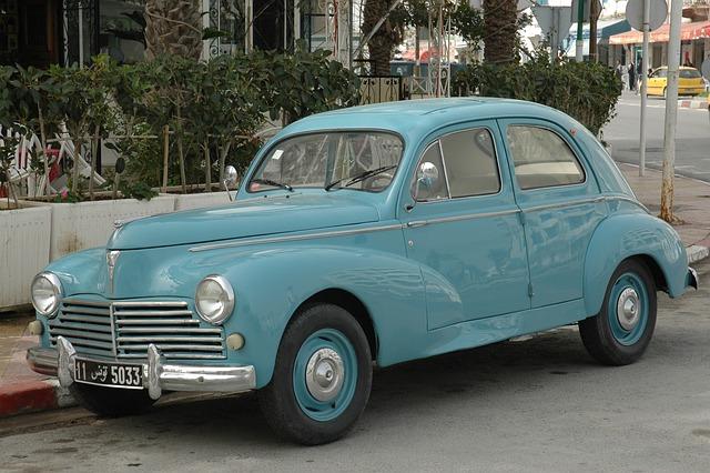 photo gratuite peugeot 203 voiture ancienne image gratuite sur pixabay 647648. Black Bedroom Furniture Sets. Home Design Ideas